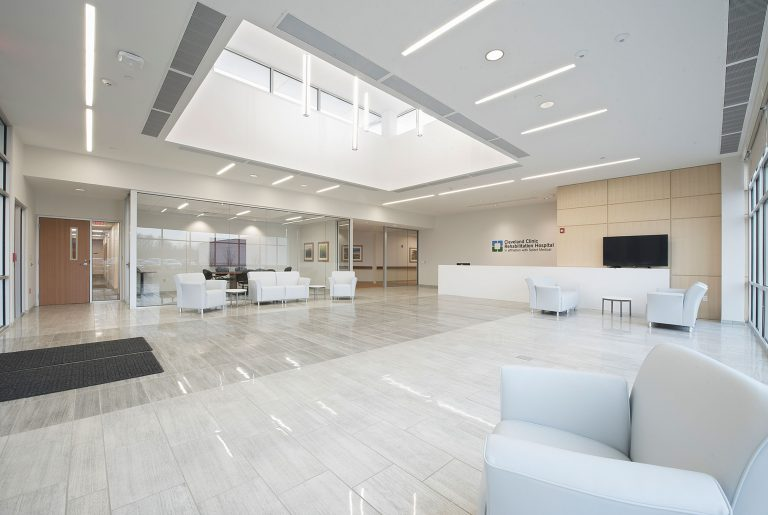 Cleveland Clinic Builds New Health Center